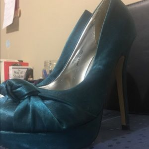 Just fab shoes in teal